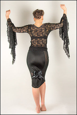 Gothika Lace Long Sleeves