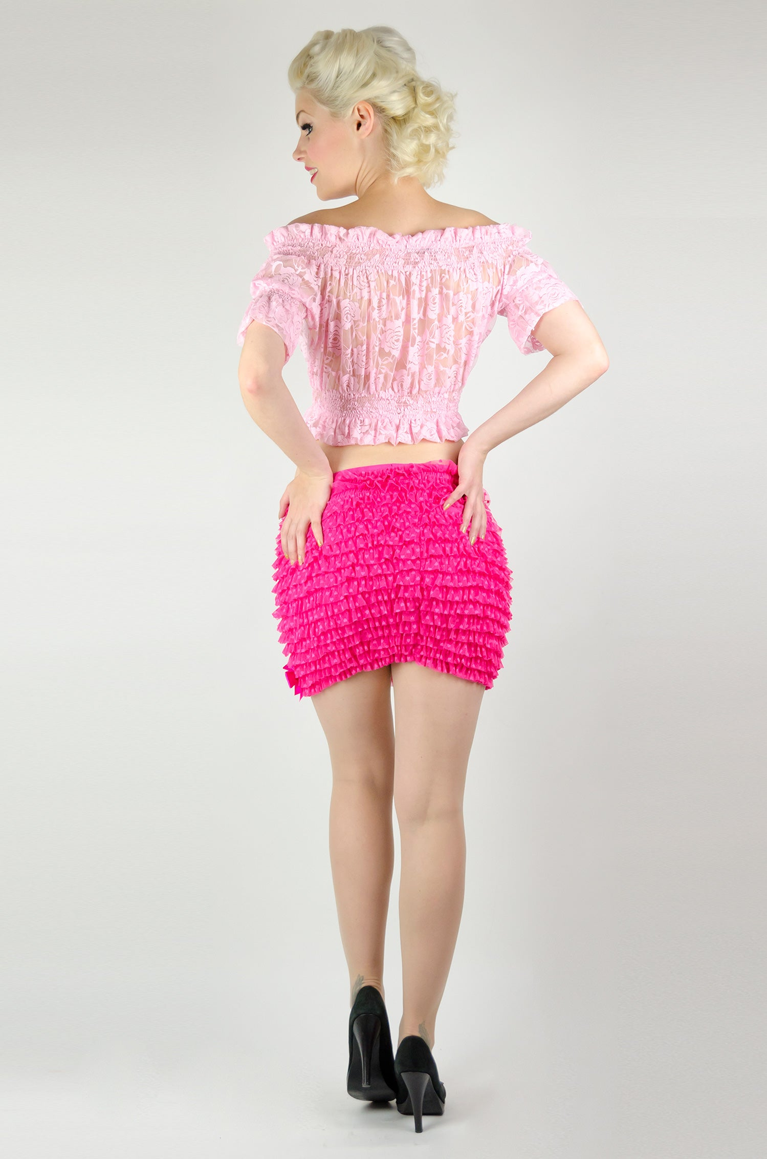 Figure-hugging frilly miniskirt