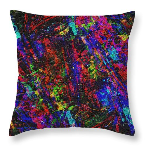 Glamorous - Throw Pillow - .223 Digital Art