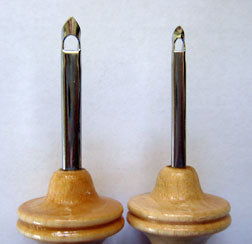 Oxford Punch Needles - regular (left) and fine (right)