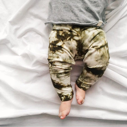 Isla Legging in Olive Storm