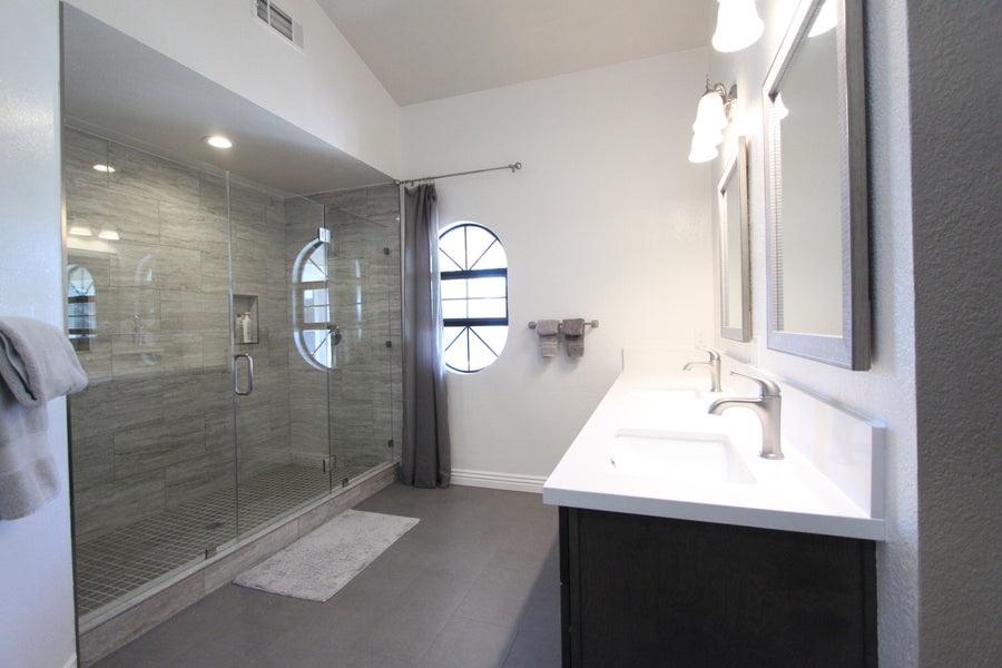 Beautiful Master Bathroom in  Pleasanton