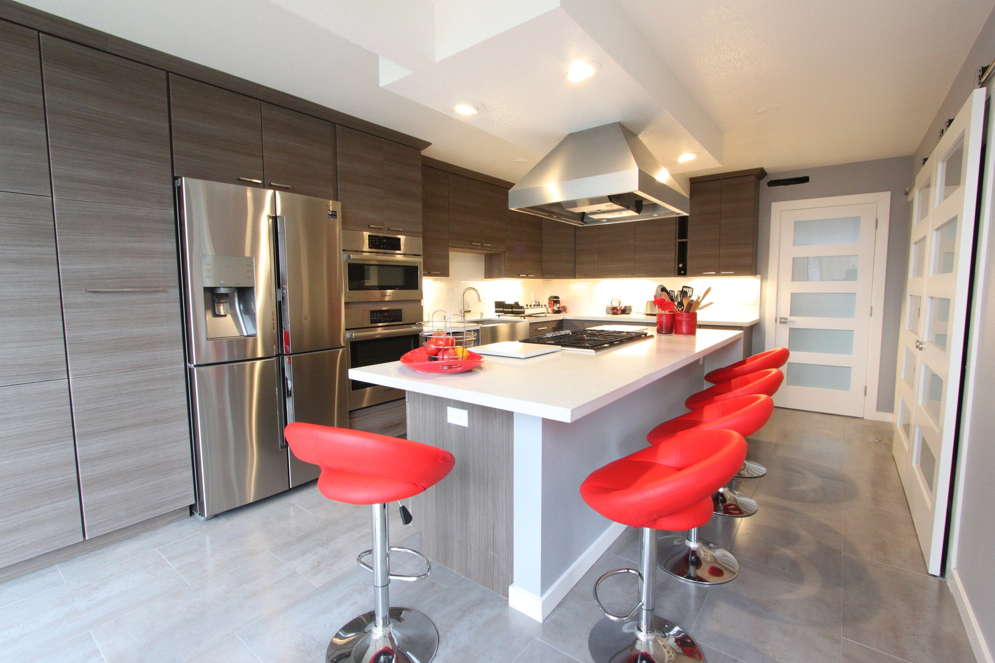 Modern Kitchen Remodel Customized Cabinets