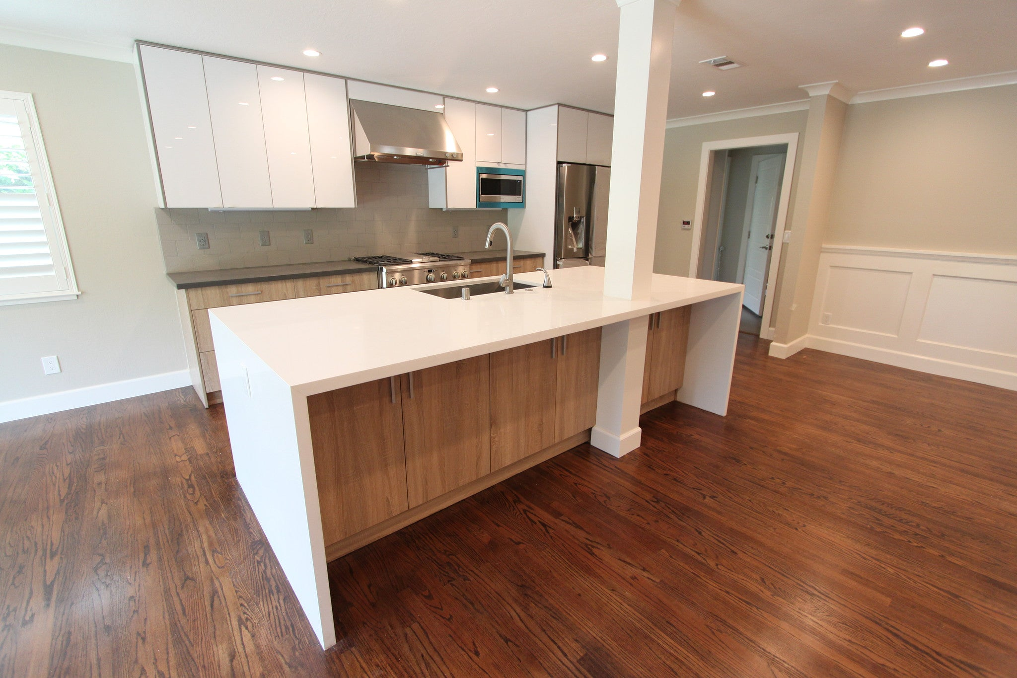 Japanese Style With Natural Wood And Glossy White Frame Less Cabinets  Kitchen