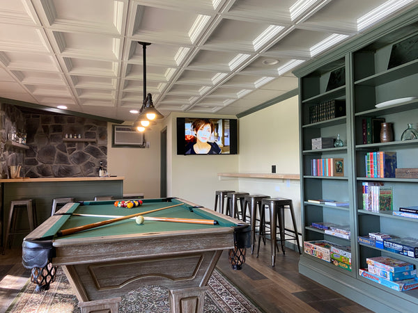 Stagshead Lakehouse: Billards in the Library