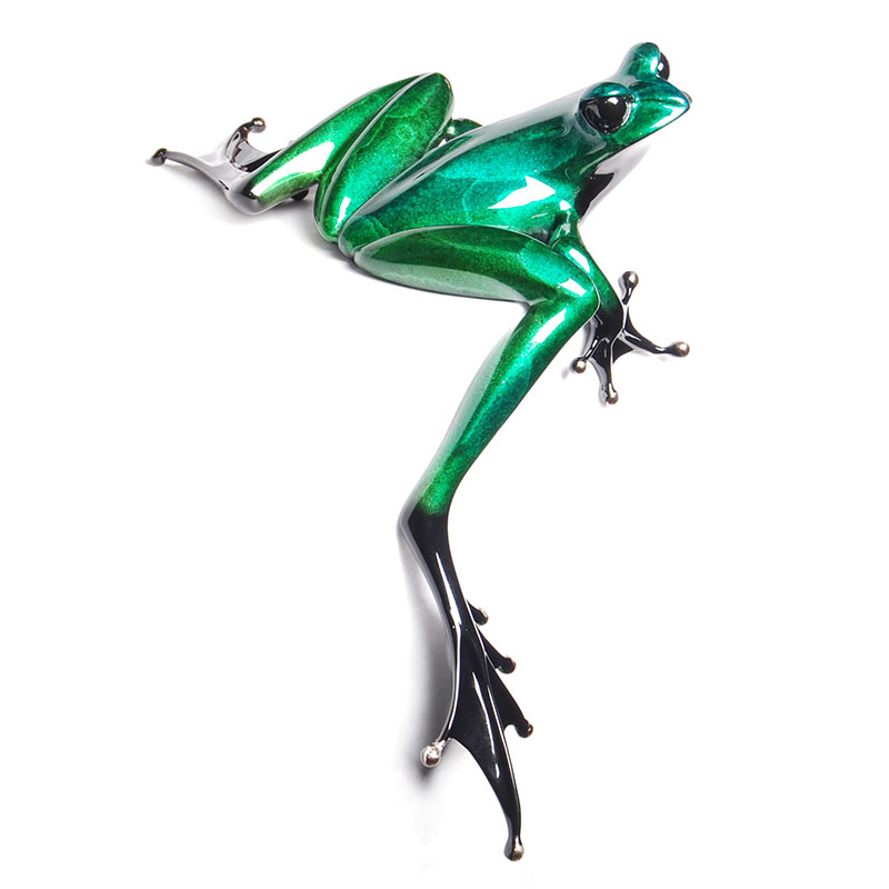 Clover bronze frog by Tim Cotterill