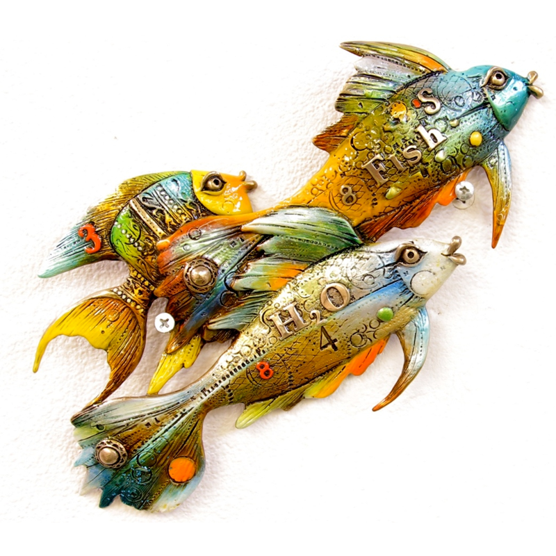 Fishies Going Right bronze fish by Nano Lopez