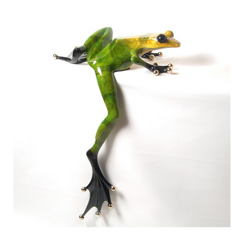 Willie Jump bronze frog by Tim Cotterill