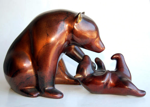 Bear and Cub bronze by Loet Vanderveen