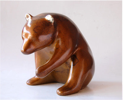 Bear bronze by Loet Vanderveen