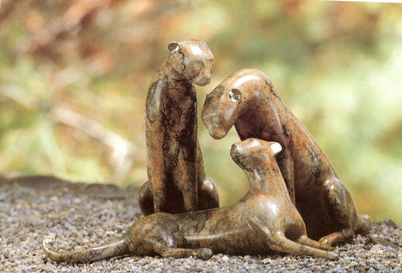 Cheetah Family bronze by Loet Vanderveen