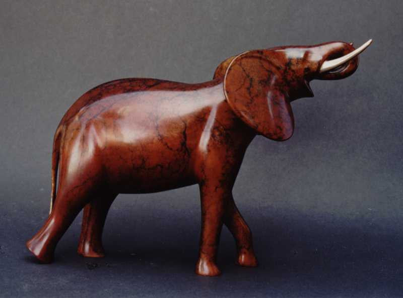 Elephant Large Drinking bronze by Loet Vanderveen