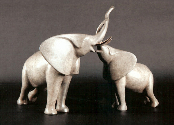 Elephants Affectionate bronze by Loet Vanderveen