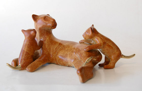 Lioness and Babies Pride bronze by Loet Vanderveen
