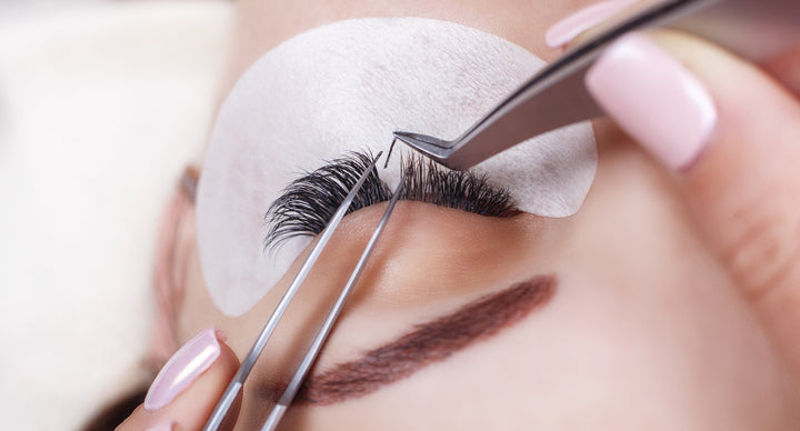 Glare to be Different | How Eyelash Extensions Command a Room