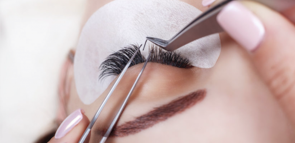 Optimizing Your Lash Extension Life