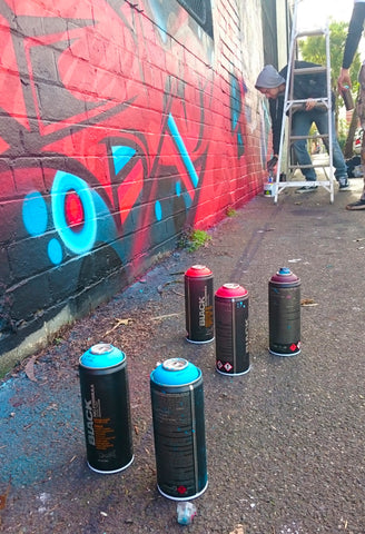 Pant Active Dose Graf Mural Spraycans Progress