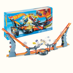 Hot Wheels Versus Track Set DHY25