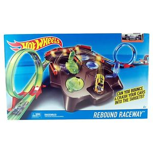Hot Wheels Rebound Raceway Track Set FDF27