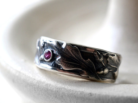 Tiny Inset Ruby Gemstone Oxidized Acorn & Oak Leaf Wedding Band