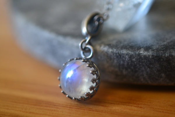 Womens Dainty Natural Rainbow Moonstone Crystal Necklace