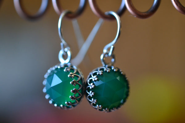 10mm Round Rose Cut Green Onyx Crystal Dangles in Silver