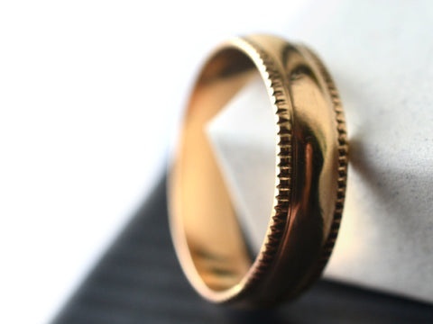 Handmade 14K Gold Milgrain Wedding Band