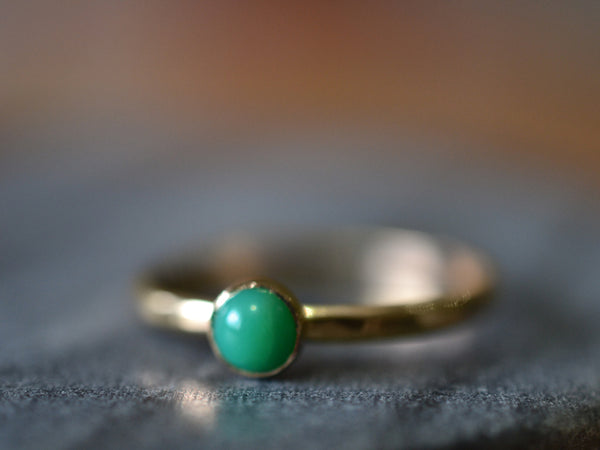 Handmade Natural Chrysoprase Ring in 14ct Yellow Gold