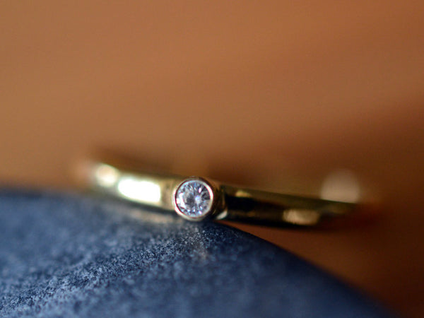 Recycled 14K Yellow Gold Ring with Tiny Tube Set Diamond