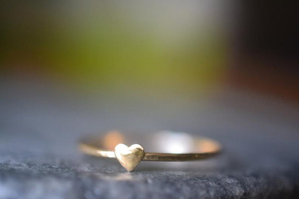 Simple 14K Yellow Gold Heart Ring With Hammered Finish