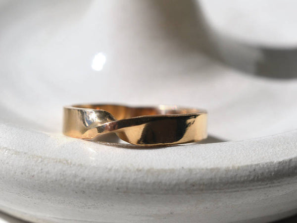 Customised 14K Yellow Gold Mobius Wedding Band