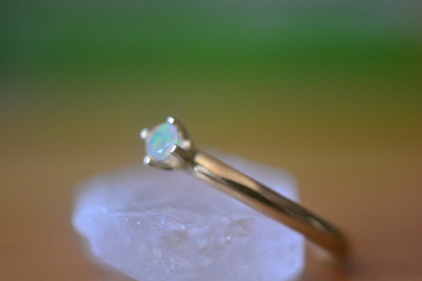 Natural Ethiopian Welo Opal Promise Ring in 14ct Yellow Gold