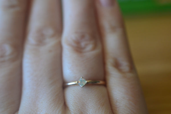 Natural 3mm Welo Opal Engagement Ring in 14K Yellow Gold
