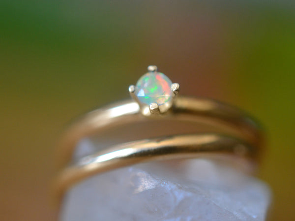 Minimalist 14K Yellow Gold Wedding Ring Set With Welo Opal