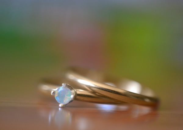 Natural Welo Opal Wedding Ring Set in 14K Yellow Gold