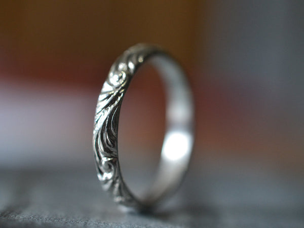 Baroque Style 14K White Gold Wedding Band for Women