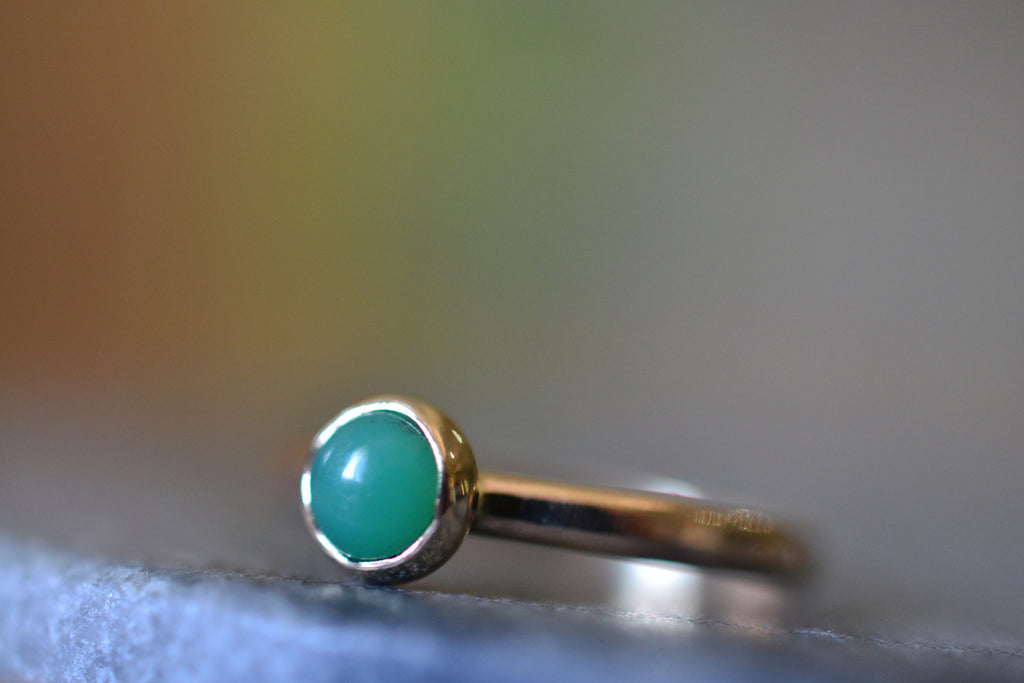 14ct Yellow Gold Bezel Ring With Natural Green Stone