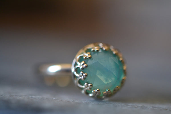 8mm Natural Peruvian Opal Engagement Ring in 14ct Gold