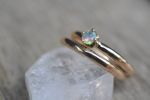 Dainty Welo Opal Wedding Set in 14K Yellow Gold