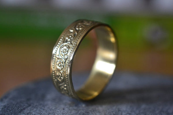 Personalised 14K Yellow Gold Wildflower Wedding Band