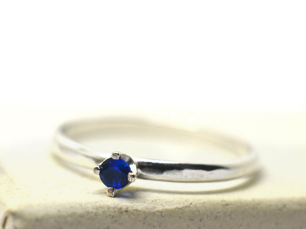 Women's Simple Silver & Blue Spinel Engagement Ring