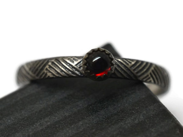 Oxidized Woven Silver Pattern Garnet Ring