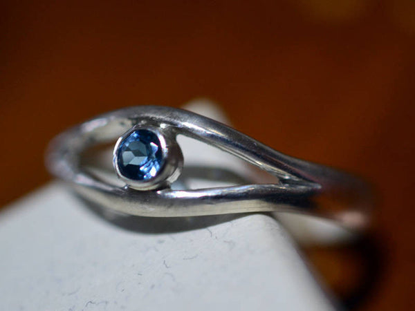 Sterling Silver London Blue Topaz Gemstone Eye Ring