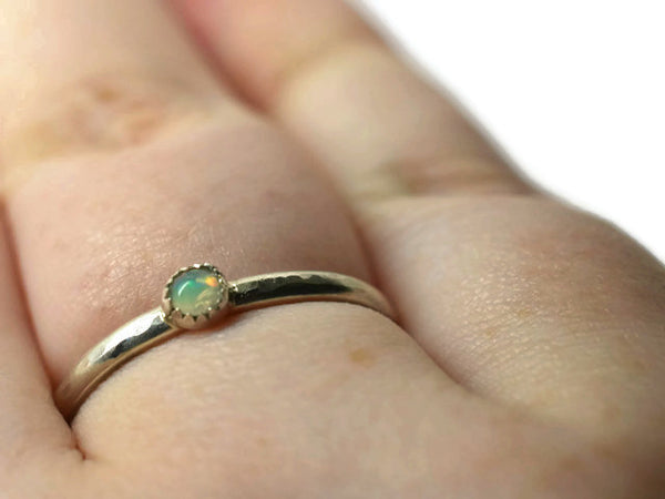 Handmade 3mm Welo Opal Ring