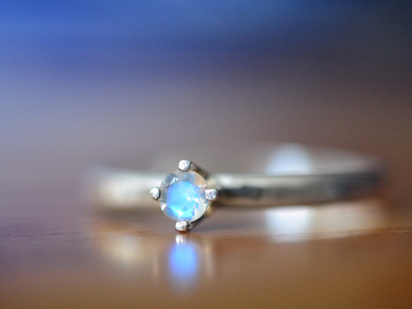 Simple Rainbow Moonstone Engagement Ring in Sterling Silver