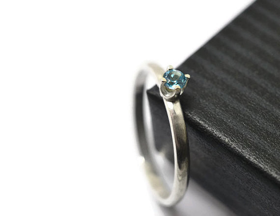 3mm Sky Blue Topaz Gemstone Ring