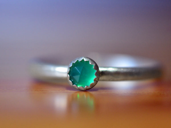 Handmade 4mm Green Onyx Promise Ring in Sterling Silver