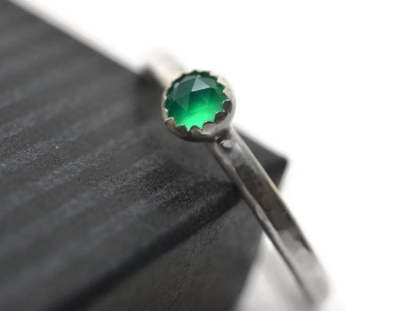 Simple Silver & 4mm Green Onyx Dress Ring