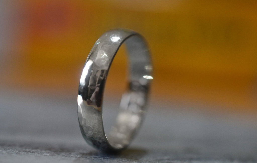 Minimalist Men's Wedding Band in 14K White Gold