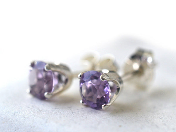 Dainty Light Purple Amethyst Gemstone Post Earrings